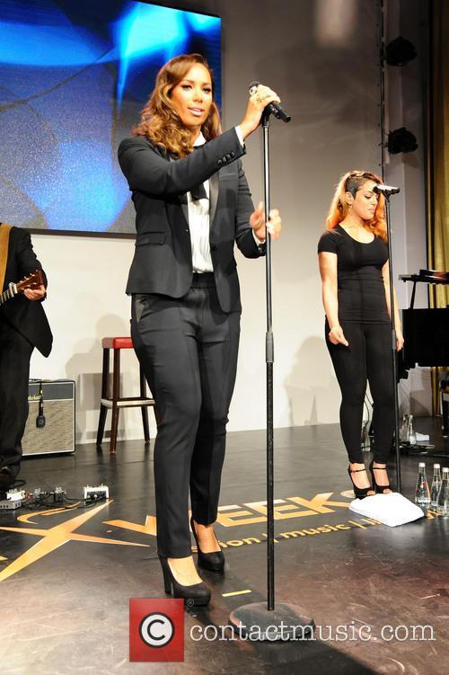 Leona Lewis 18