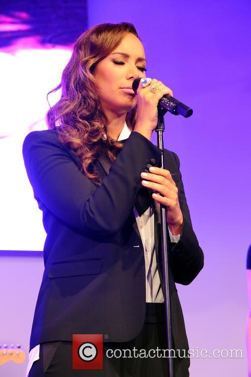 Leona Lewis 37