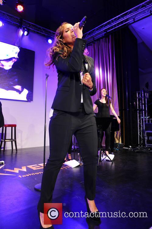 Leona Lewis 38