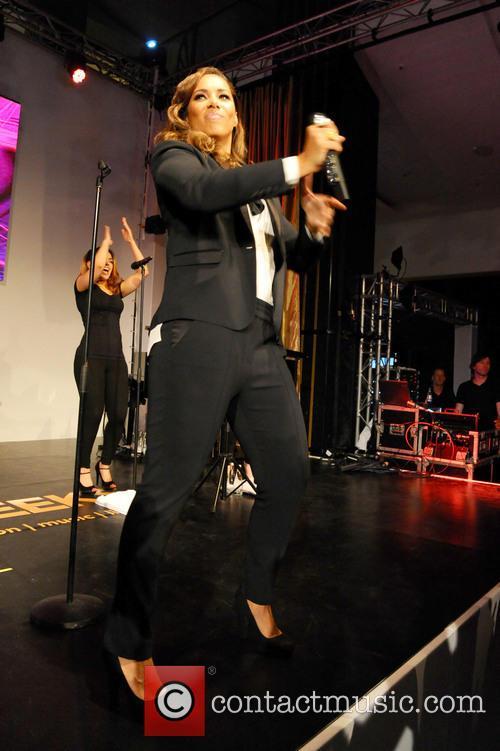 Leona Lewis 52