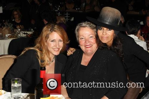 Joely Fisher, Lorri Jean and Linda Perry 2