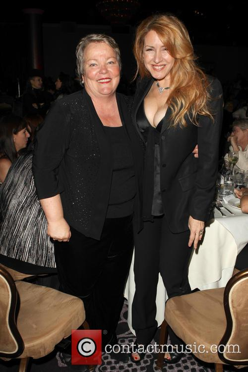 Lorri Jean and Joely Fisher 4