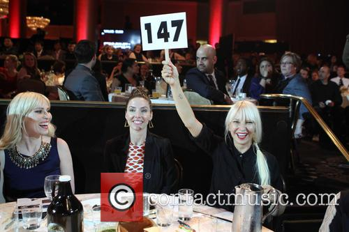 Natasha Bedingfield, Whitney Cummings and Sia 1