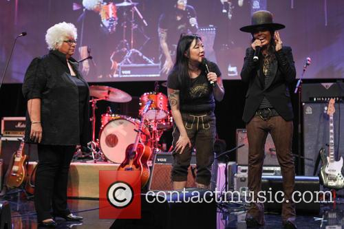 Luann Boylan, Margaret Cho and Linda Perry 4