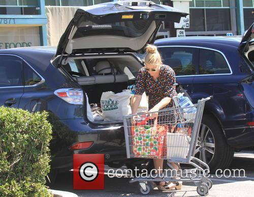 Busy Phillips seen shopping at 'Whole Foods'