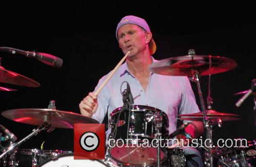 chad smith 2014 musicares map fund benefit 4192706