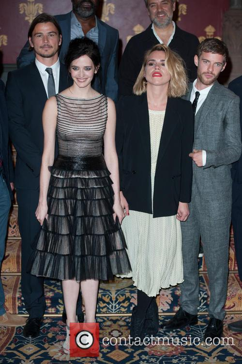Billie Piper, Josh Hartnett, Eva Green and Harry Treadaway 10