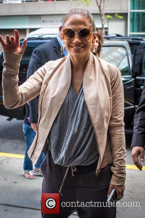 J Lo and Jennifer Lopez 7