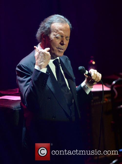 Julio Iglesias 9