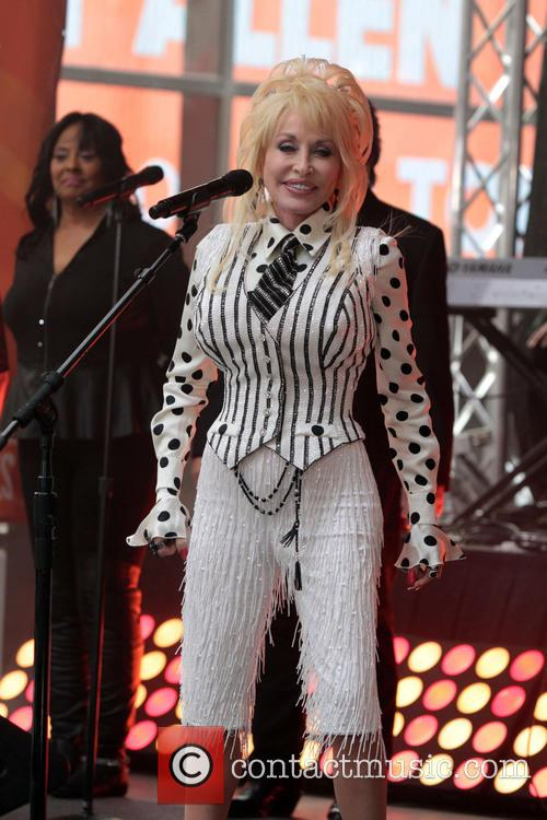 Dolly Parton  Performs On NBCs Today Show