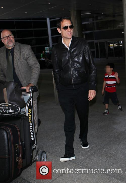 Clive Owen at Los Angeles International (LAX) Airport