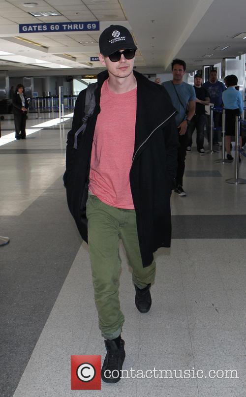 Hayden Christensen at Los Angeles International (LAX) Airport