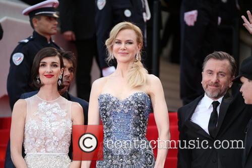 Paz Vega (l-r), Nicole Kidman and Tim Roth Director Olivier Dahan 5