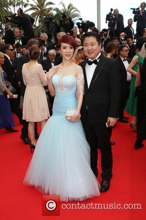 Qiaoqiao Jin and Her Husband Dong Yu 4