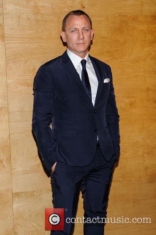 Daniel Craig