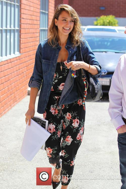 Jessica Alba arriving at an office