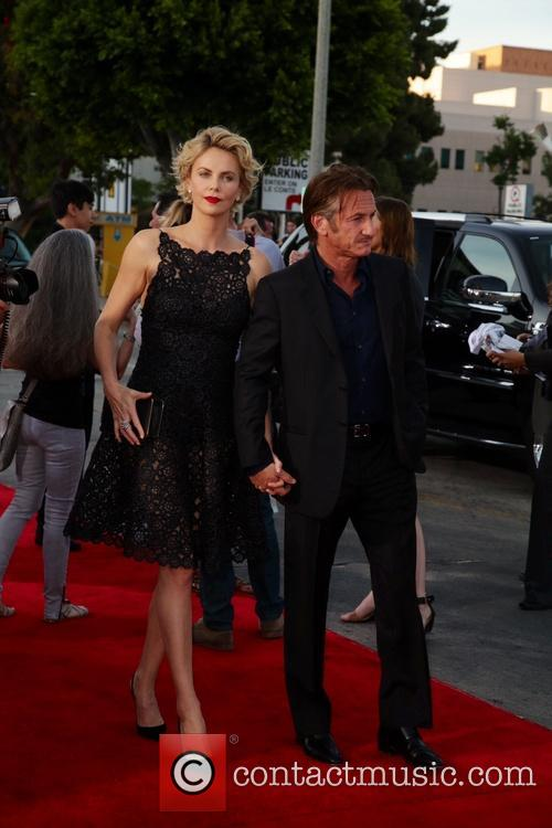 Charlize Theron and Sean Penn 2