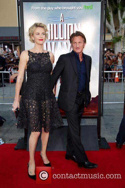Charlize Theron and Sean Penn 4