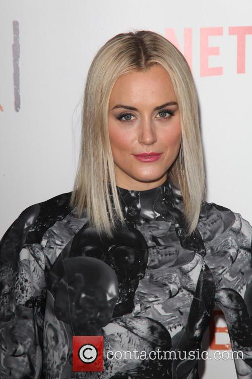 taylor schilling the season two premiere of 4197966