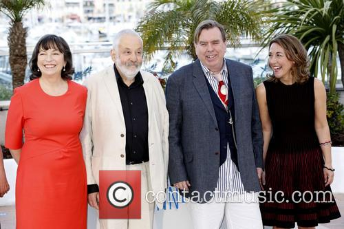 Marion Bailey, Mike Leigh, Timothy Spall and Dorothy Atkinson 9