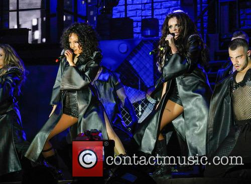Little Mix kick off UK tour at LG...