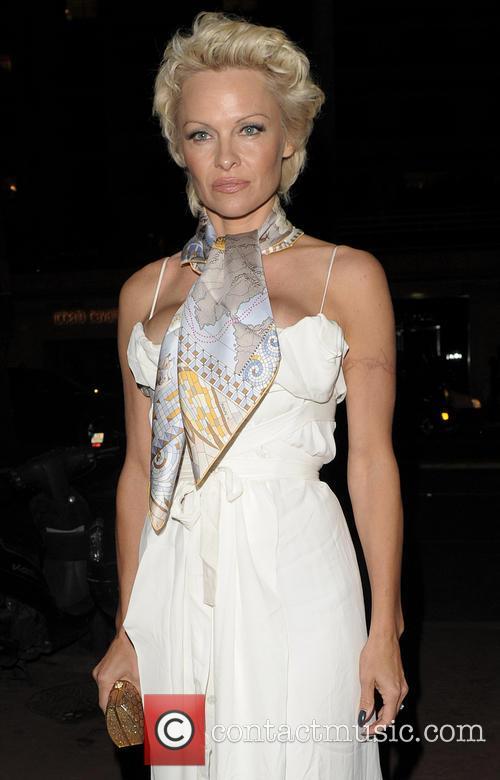 Pamela Anderson 7