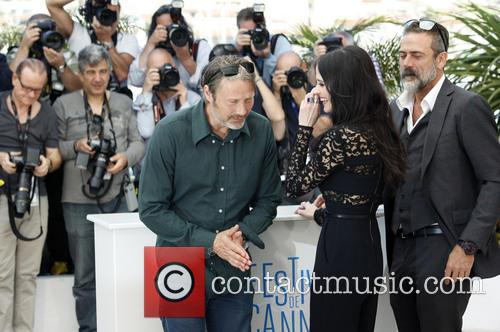 Mads Mikkelsen, Eva Green and Jeffrey Dean Morgan 9