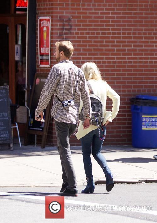 Dakota Fanning and Jamie Strachan 8