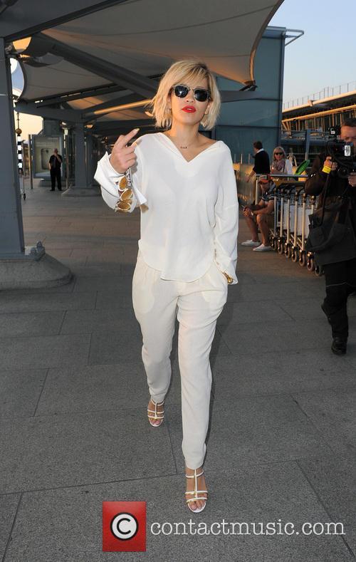 Rita Ora 25