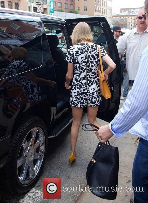 taylor swift taylor swift spotted on bowery 4200408
