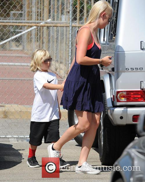 Zuma Rossdale spotted out with his nanny at...