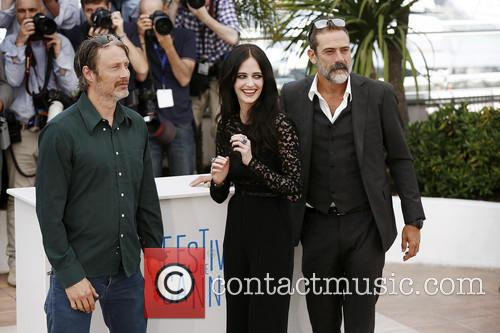 Jeffrey Dean Morgan, Mads Mikkelsen and Eva Green 3