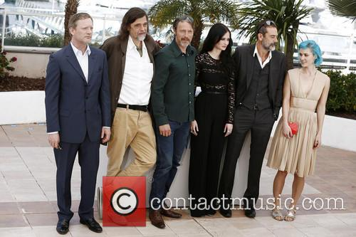 Nanna Oland Fabricius, Jeffrey Dean Morgan, Mads Mikkelsen and Eva Green 10
