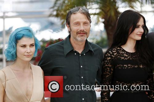 Nanna Oland Fabricius, Mads Mikkelsen and Eva Green 4