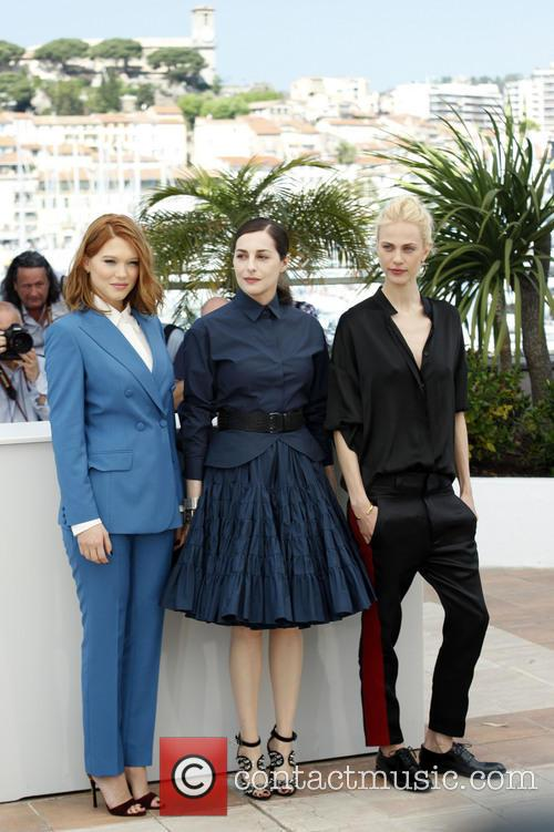 Léa Seydoux, Amira Casar and Aymeline Valade 5