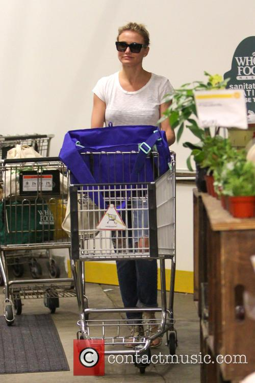 Cameron Diaz goes shopping at Whole Foods Market