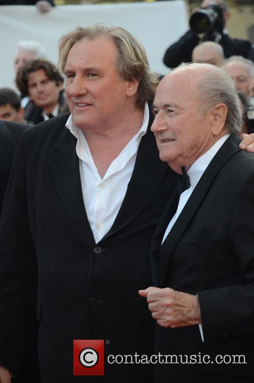 Gerard Depardieu and Sep Blatter 3