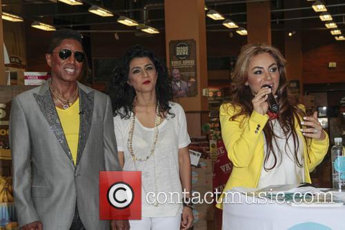 Jermaine Jackson, Halima Jackson and Shakira Niazi 11