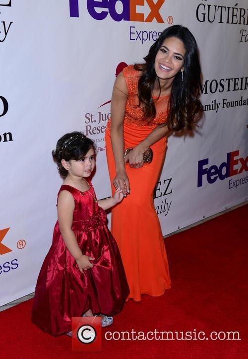 Nuestra Belleza Latina Alina Robert and Krista