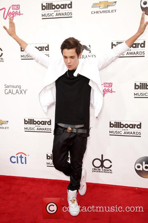 Austin Mahone and Billboard Music Awards 2