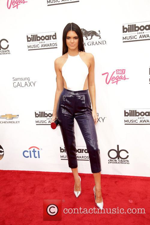 Kendall Jenner billboard awards