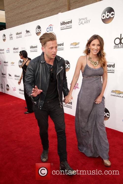 Ryan Tedder, Genevieve Tedder and Onerepublic 1