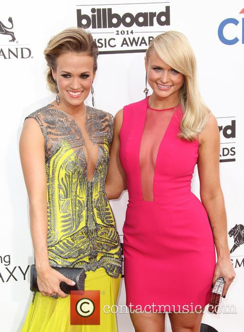 Carrie Underwood and Miranda Lambert 3