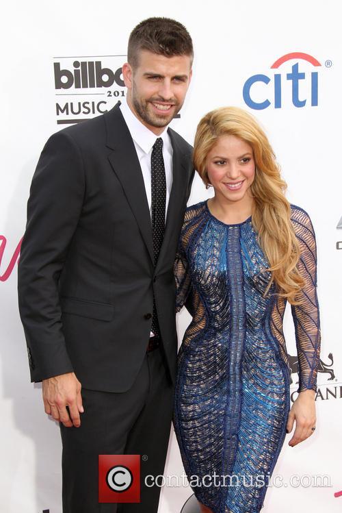 Gerard Pique and Shakira 2