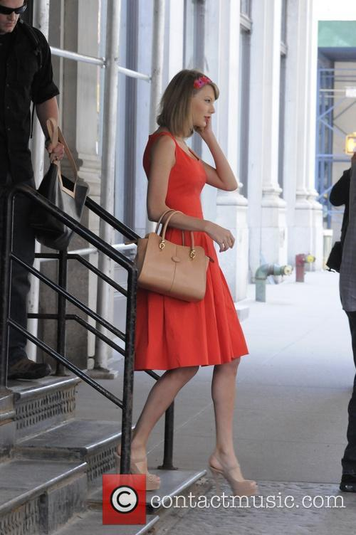 taylor swift taylor swift out and about 4204062