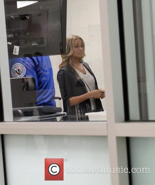 LeAnne Rimes at LAX