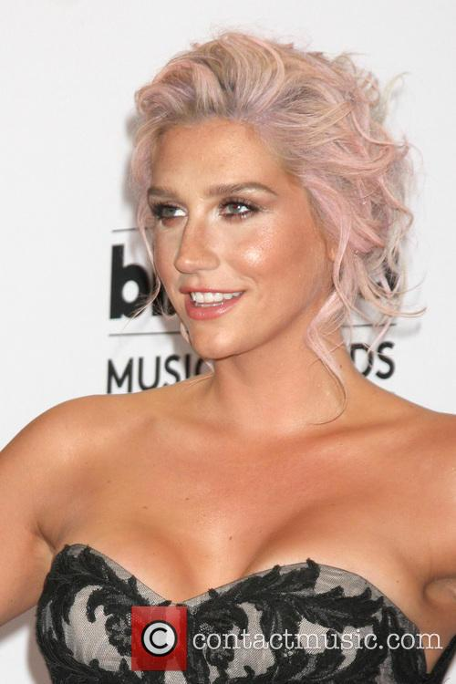 Kesha and Billboard Music Awards