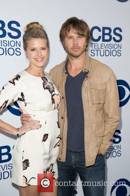 Sarah Wright and Eric Christian Olsen 2
