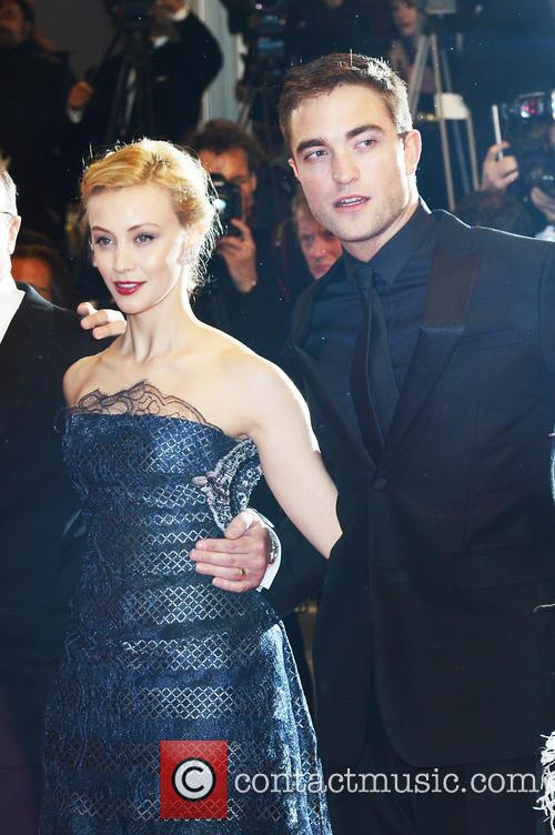 mia wasikowska robert pattinson cannes film festival  4205305