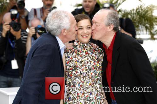 Marion Cotillard Jean-Pierre Luc Dardenne Kissing Cannes
